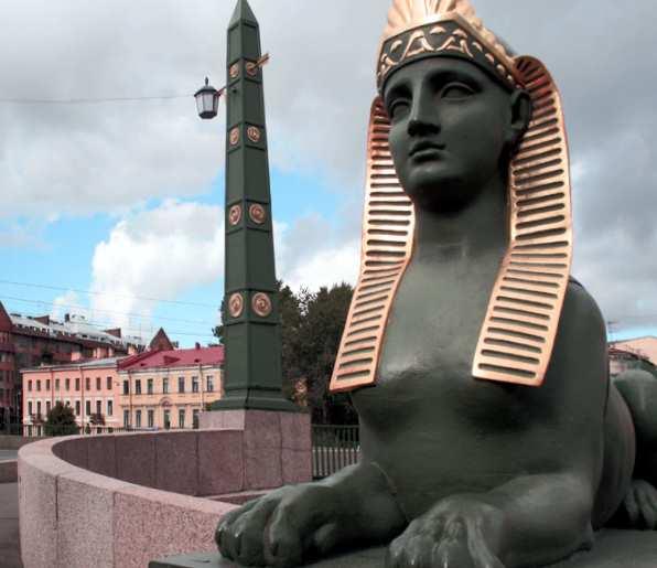 Египетский мост в Санкт Петербурге