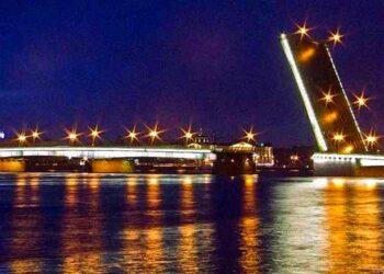 Литейный мост в Санкт Петербурге