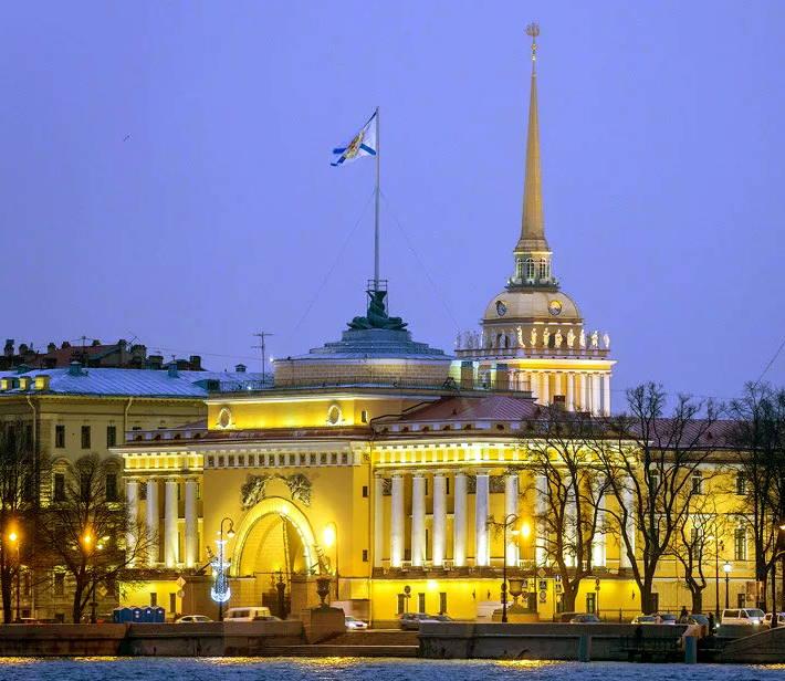 Главное Адмиралтейство в Санкт Петербурге