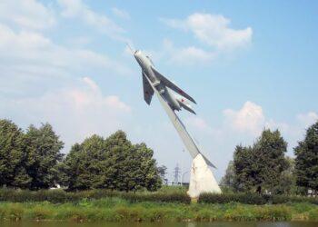 Парк Авиаторов в СПБ. МИГ-19